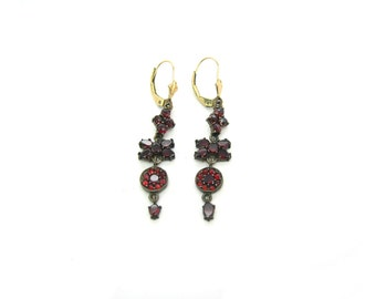 Bohemian Garnet Earrings. Vintage 1930s Gemstone Jewelry. Antique Rose Cut Articulated Dangles. Victorian Revival. Pierced Earrings.