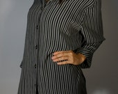 USA Vintage Striped Tunic S M L XL Minimalist Basic Modern Black Grey Stripes Dress Shirt Boho Hippie Gypsy Goth Grunge 90s Hipster Festival