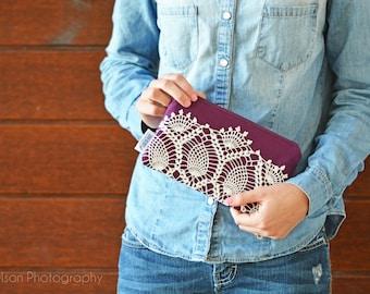 Vintage Lace Zipper Clutch
