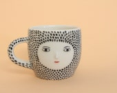 Spotty cappuccino cup - with 3D face