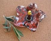 Ruby hibiscus ring holder - Red flower ring catcher -  Ceramic ring dish - Handmade earthenware jewellery holder