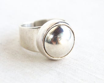 Sterling Siver Dome Ring Size 6 .5 Round Mexican Statement Ring Vintage Taxco Mexico Jewelry