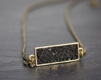 Boho Jewelry, Onyx Necklace, Clustered Jewelry, Crushed Gemstones, Bar Necklace, Gemstone Bar Necklace, 24 karat gold, Onyx Necklace, Black