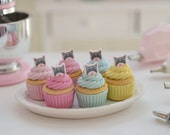 1:6 Play Scale Miniature Kitten Cupcakes and Serving Tray