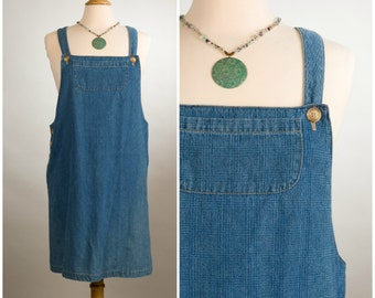 1970's Vintage Denim Overalls Dress. Size Medium/Large.