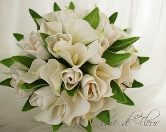 Bride, bridesmaid bouquet - real touch calla lilies and tulips.  Classic and timeless bouqet.