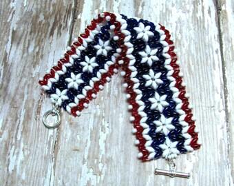 Patriotic Flower Bracelet, Red, White and Blue Bracelet, Fourth of July Bracelet, Superduo Bracelet, Seed Bead Bracelet, Patriotic Jewelry
