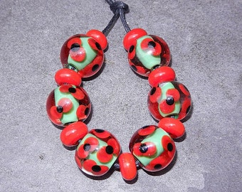 Red Poppy bead set FHFteam SRA UK