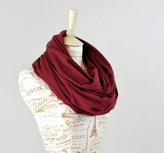 Maroon Infinity Scarf, Gifts for Friends Burgundy Scarf, Red Circle Scarf Womens Scarf, Winter Scarf, Gift for Her Wife Gift Girlfriend Gift