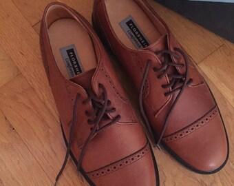 SALE Vintage Retro Men's Mens Florsheim 10.5 D Brandon Brown Leather Fall Shoes 70s 80s