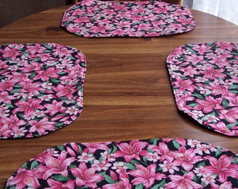 Pink & Black Oval place Mat Set Pink and Black Floral Place Mat Set,Floral Place Mat Set,Black/pink Kitchen Linens,PinkFloral Place Mat Set
