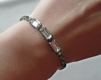 Art Deco Bracelet - Vintage Rhinestone Bracelet - Tennis Bracelet - Bridal Jewelry - Vintage Wedding - Baguette Stones
