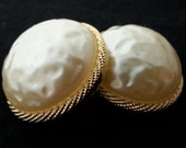 Dome Pearl vintage buttons, Gold tone rope base 16mm, 23mm 29mm
