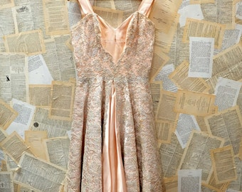 1950s Beaded Lace Blush Pink Cocktail Dress