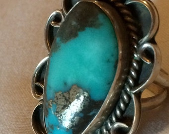 Sale - Substantial Vintage Sterling Silver & Turquoise Native American Ring - Size 8 1/2