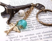 Paris Eiffel Tower Keychain Purse Charm Pdt, Birdie, Jewels, Antique jewelry- Oh so cute gift!