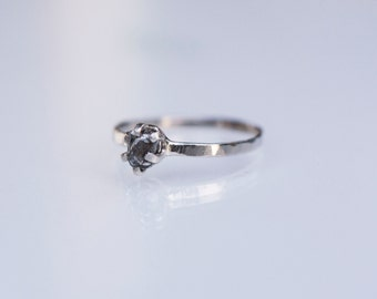 Meteorite Ring with White Gold or Yellow Gold and Campo del Cielo - Engagement Ring