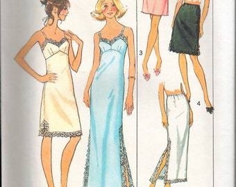 """Vintage 1975 Simplicity 7069 Slips and Half Slips Sewing Pattern Size 14 Bust 36"""" UNCUT"""