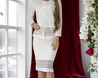 "Elegant knitted suit ""Cruise"" with gorgeous linen lace, milky color suit for business lady"