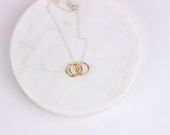 Necklace with three rings / Three ring necklace / Gold or silver ring necklace / Mixed metals / Simple everyday necklace / Three rings