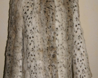 Vintage STYLE VI LTD For Savage Juliette Faux Fur Lynx Look Ladies Jacket Waist Length Size Medium
