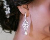 Vintage inspired bridal earrings, wedding jewelry, Swarovski crystal earrings, chandelier earrings, Gold wedding earrings, wedding accessory