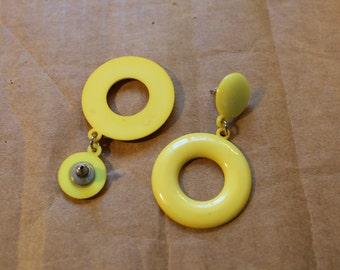 1980s Yellow Circle Earrings