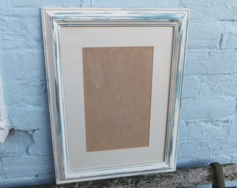 """Shabby Chic picture frame with mount for your own print or painting - 19"""" x 15"""""""