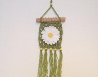 Daisy Crochet Wall Hanging, modern macrame, springtime decor, granny square, boho style, wall decor