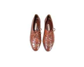 Size 7 Brown Leather Lace Up Oxfords by Nicole // Lace Up Leather Flats // G438