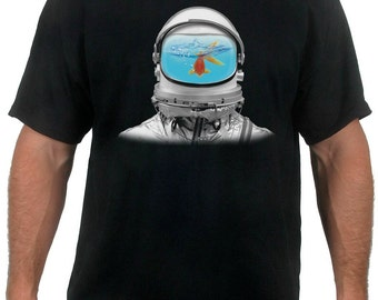 Fish Tank Astronaut Men's T-Shirt