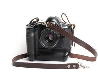 Personalized camera strap leather Camera strap DSLR Camera strap Personalized DSLR camera strap Canon camera strap Nikon camera strap