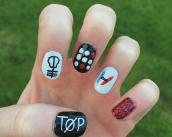 twenty one pilots inspired nail art, false, fake, acrylic, press on, handpainted nails