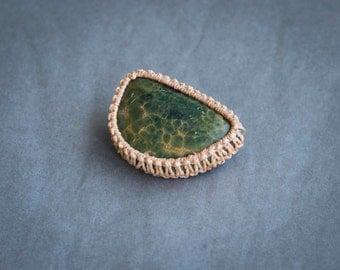 Green brooch, oceanic jasper brooch, brown brooch, brown macrame brooch, green semiprecious stone, bohemian brooch, half moon brooch