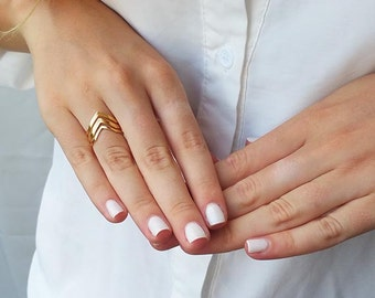 V ring, Gold chevron ring, Fashion rings, Gift ideas, Simple gold rings, Delicate rings, Boho rings, Adjustable ring, Minimalist ring