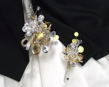 Prom flower SET, gold and silver wrist corsage, gold and silver boutonniere, champange gold wedding, elegant wedding corsage, buttonhole