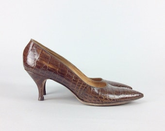 50s Alligator Heels / 1950s Vintage Brown Leather Pin Up Vintage Pumps / Size 9