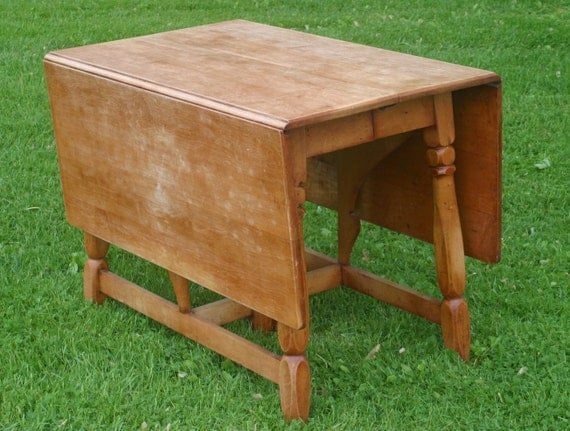 Vintage drop leaf table vintage square farm table with for Dining table with leaf insert