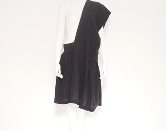 COMME des GARCONS - 1990's Avant Garde Black Dress