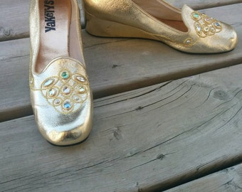 Vintage 1960s Gold Bejeweled Wedge Shoes Yaketys