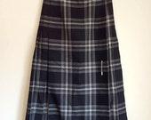 """1970s Vintage Kilt Style Skirt - Black and White Plaid Pleated Skirt - 26.5"""" waist"""