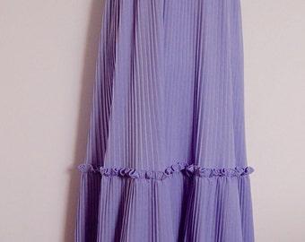 Vintage 1970s lilac maxi dress
