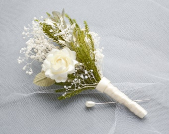 Men's rustic wedding boutonniere, Lapel pin, Groom buttonhole, Groomsmen corsage, Ivory - CARWYN
