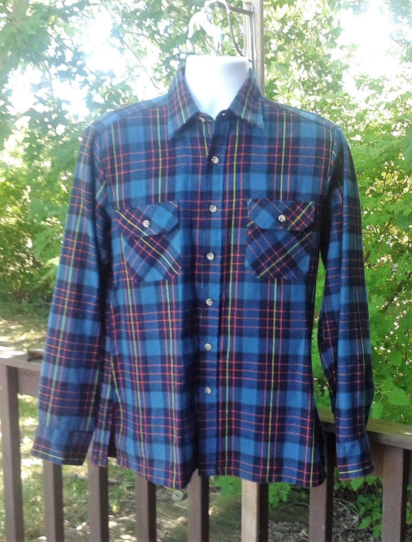 Vintage navy plaid flannel shirt dark blue plaid flannel for Navy blue plaid shirt