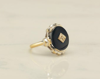 10k Gold Retro Onyx and Diamond Ring Size 8.5