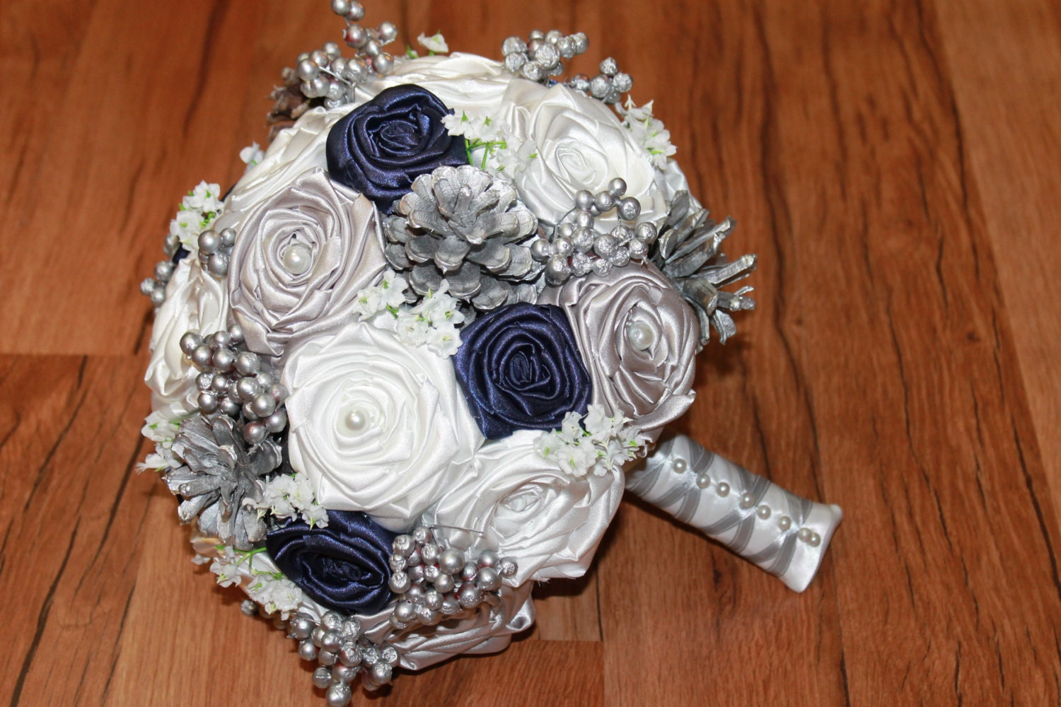 Pine Cone Wedding Table Decorations Pine Cone Bouquet Etsy