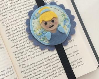 Cinderella felt bookmark | Handmade bookmark | Felt bookmark | Book lover | Made in Québec