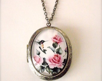 Hummingbird Locket Necklace, Hummingbird Rose Garden Cameo Locket Necklace, Hummingbird Jewelry, Bird Necklace, Photo Art Necklace, Gift