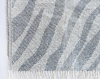 Wool blanket - Affordable- Zebra grey - 140x200cm or 55x79inches