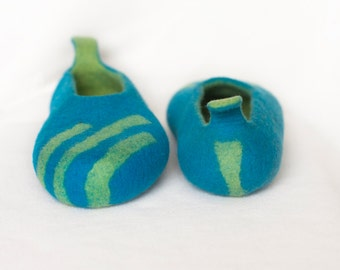 wet felted wool cobalt BLUE slippers/ handmade house  shoes with natural latex sole
